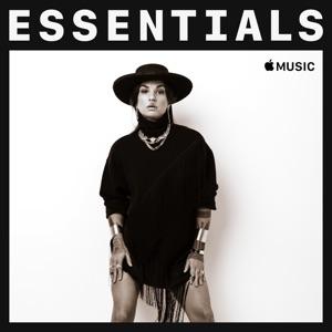 Hollie Smith Essentials