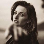 Lizzie Weber - How Does It Feel