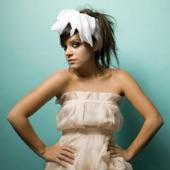 Lily Allen - Womanizer