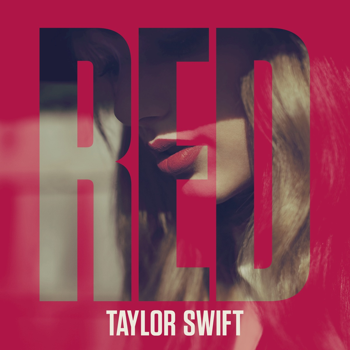 Red Deluxe Edition Taylor Swift CD cover