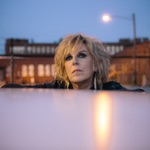 View artist Lucinda Williams
