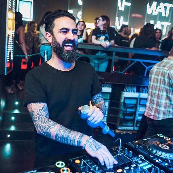 DJ MURAT HENDES