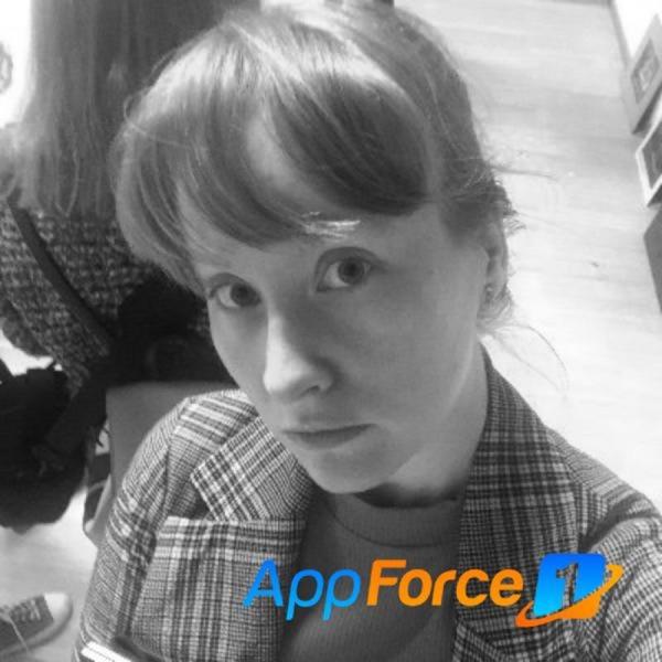 Anna Zharkova, mobile developer and Woman Techmakers Ambassador thumbnail