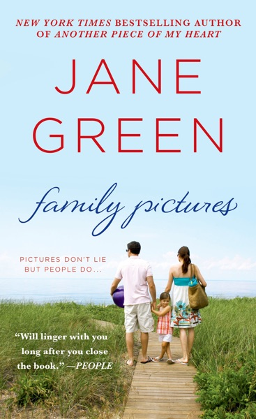 Family Pictures - Jane Green book cover