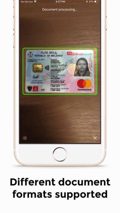 Screenshot for Regula Document Reader in Austria App Store