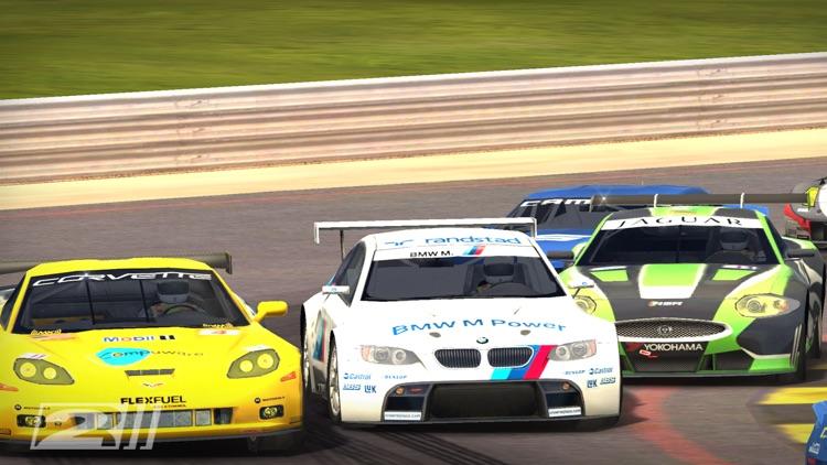 Real Racing 2 screenshot-3