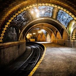 逃出恐怖地鐵站-最坑爹的密室逃亡遊戲