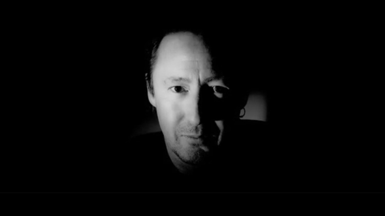 Julian Lennon - Through The Picture Window screenshot-1