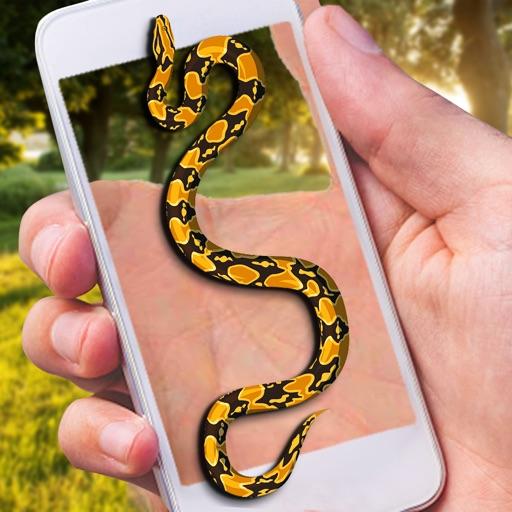 Змея на экране Страшная Шутка