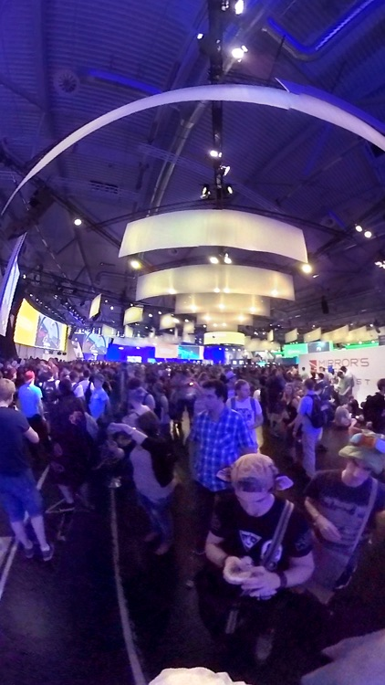 press360 VR trip at gamescom - Virtual Reality 360 screenshot-4