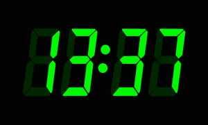 Dickory Dock TV Clock
