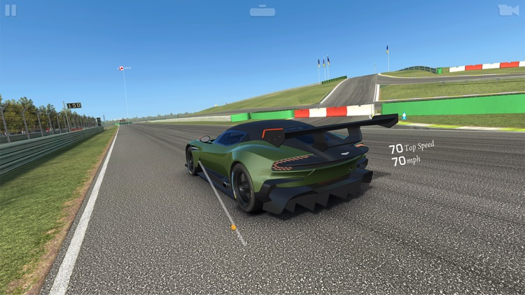 Real Racing 3 screenshot-2