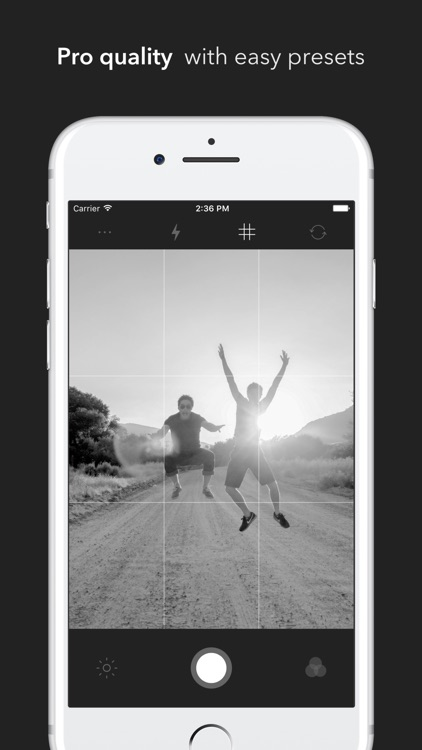 Blaak - Splendid Black & White Camera Photo Pro