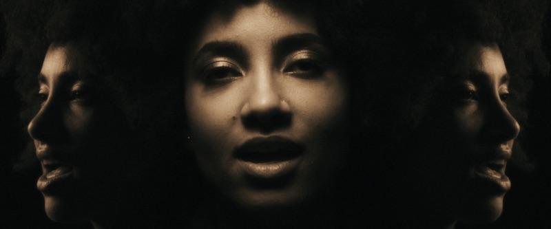 Touch In Mine - Esperanza Spalding - Video - junglecaat com