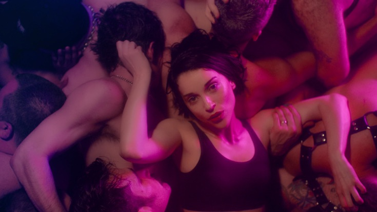 St. Vincent – Fast Slow Disco (Music Video) [iTunes Plus M4V – Full HD] | iplusall.4fullz.com