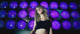 Net mit mir (feat. Bibi Booom) Melissa Naschenweng German Pop Music Video 2018 New Songs Albums Artists Singles Videos Musicians Remixes Image