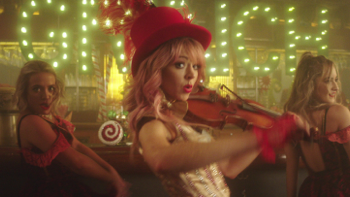 Lindsey Stirling You're A Mean One, Mr. Grinch (feat. Sabrina Carpenter) music review