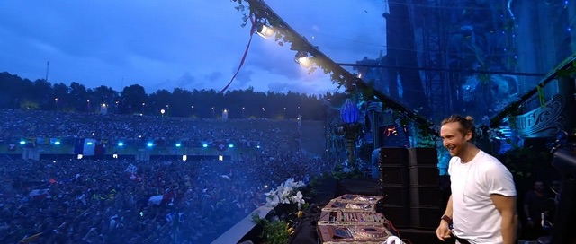 Shot me Down / BAD (Live at Tomorrowland 2015)