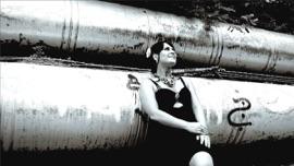 Wir sind jung und frei Michaela Zondler German Pop Music Video 2014 New Songs Albums Artists Singles Videos Musicians Remixes Image