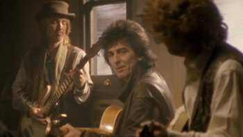 The Traveling Wilburys End of the Line music review