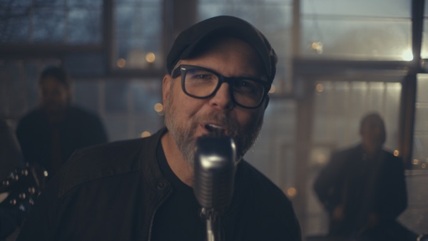 MercyMe - I Can Only Imagine - The Very Best of MercyMe (Deluxe) music video wiki, reviews